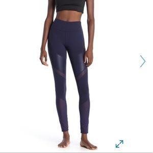 Alo Sheila legging size XS NWT rich navy